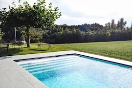Poolhouse Bild 1