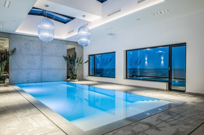 Infinity Binnenzwembad